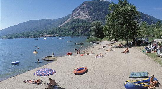 Mobilheim Kaufen Lago Maggiore : Mobilheim camping village conca d oro mobilheim feriolo di